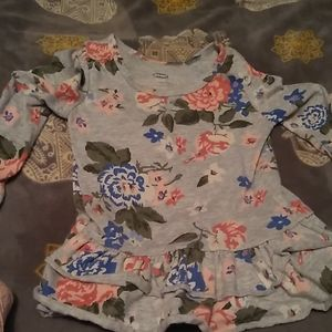 Old Navy long sleeved ruffled floral t-shirt dress